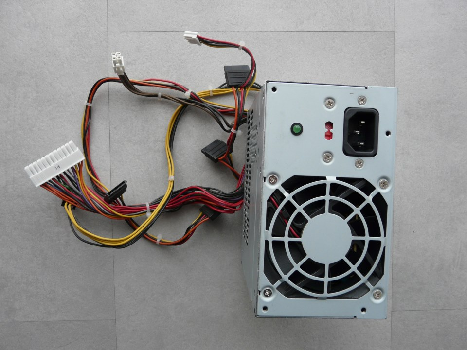 recyclage-ordinateur-Bordeaux-ecotaurus-alim2